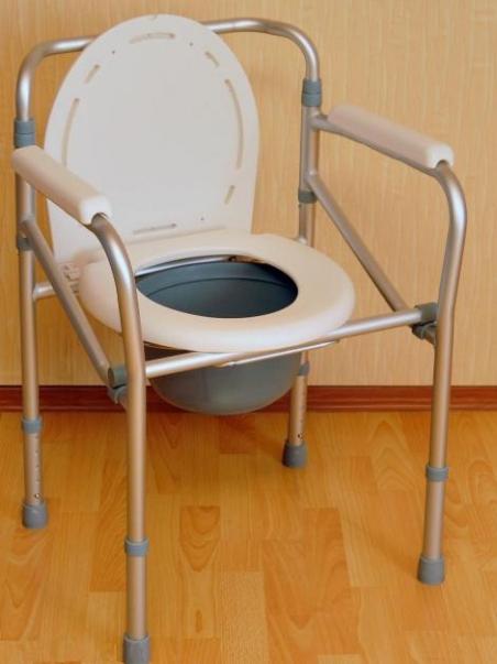 Кресло-туалет FS894L (Мега-Оптим)